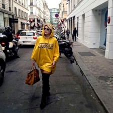 #PFW Look 1 – Tendência lampshading com casaco Moschino