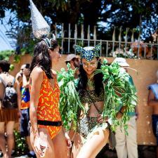 Beleza de Bloquinho: 10 acessórios de cabeça que vão fazer o seu Carnaval