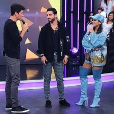 Shine bright like Anitta: Confira detalhes do look usado no programa do Rodrigo Faro