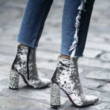 SHINING SHOES